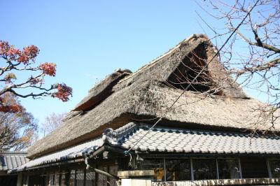 かやぶき屋根1