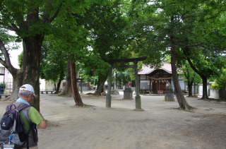 17三社諏訪神社・昼食