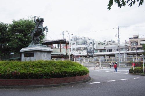 01新田義貞像