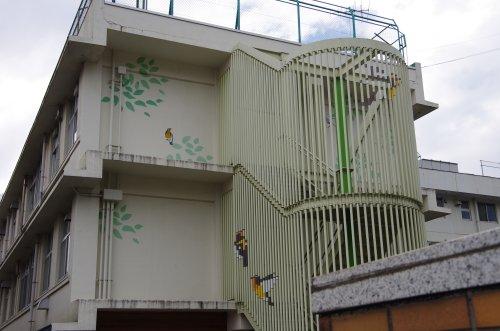 11病院の壁
