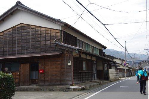 12駒木野宿の建物
