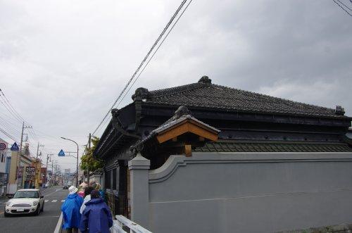 06_立派な家