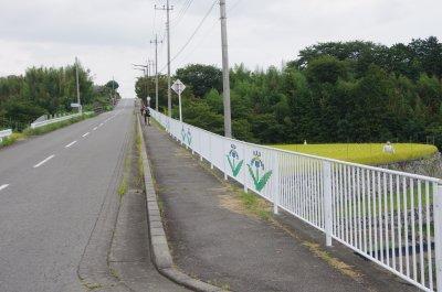 34_道路脇フェンス