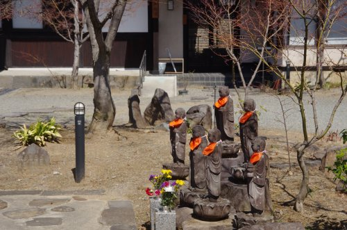 22_寿徳院六地蔵